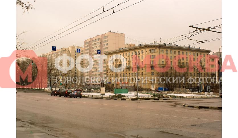 Угол ул. Шарикоподшипниковская и Новоостаповская - окрестности метро Дубровка