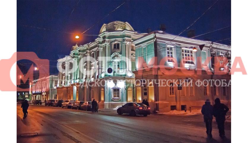Бывший Дом Апраксина-Трубецких («Дом-комод») на Покровке