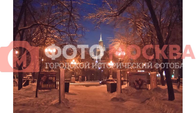 Выход из Покровского бульвара на Яузский бульвар