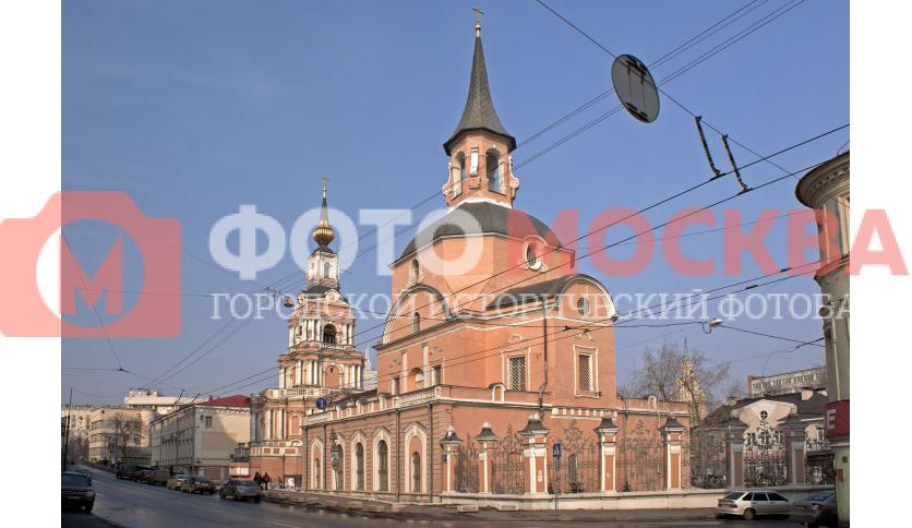 Храм апостолов Петра и Павла на Новой Басманной