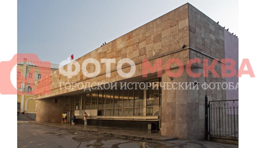 Станция Кузнецкий мост