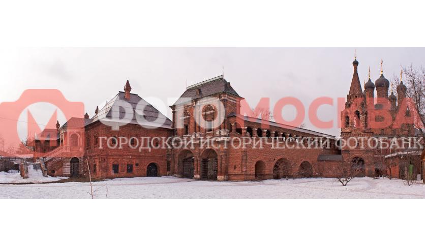 Митрополичьи палаты, ворота, стена, колокольня Крутицкого монастыря