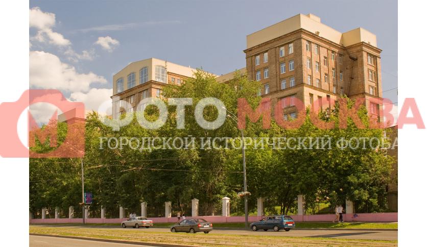 Больница №6, Главный корпус