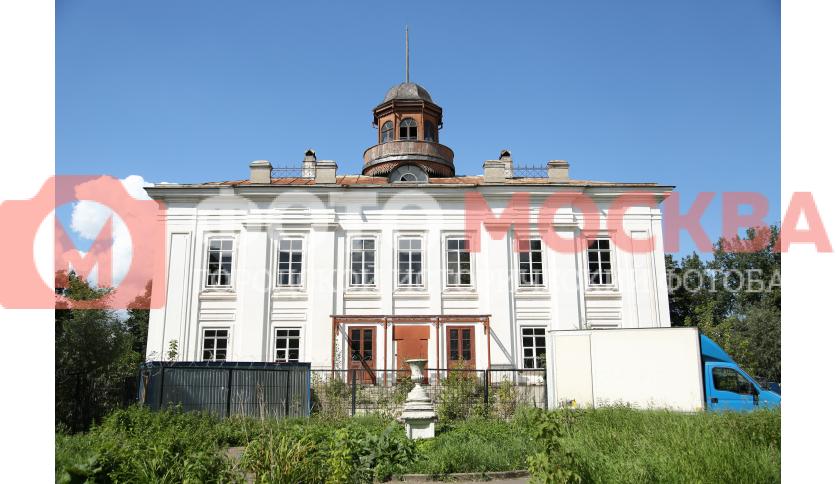 Главное здание усадьбы Нарышкина