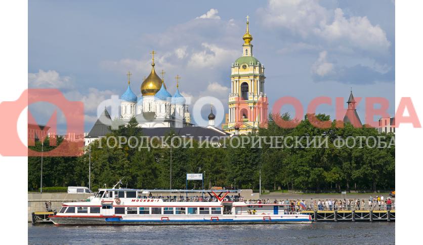 Новоспасский монастырь, Москва-река