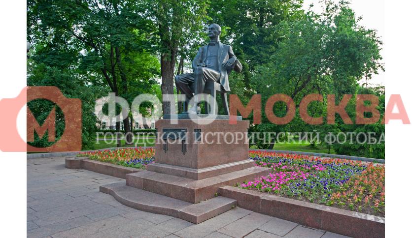 Памятник С.В. Рахманинову