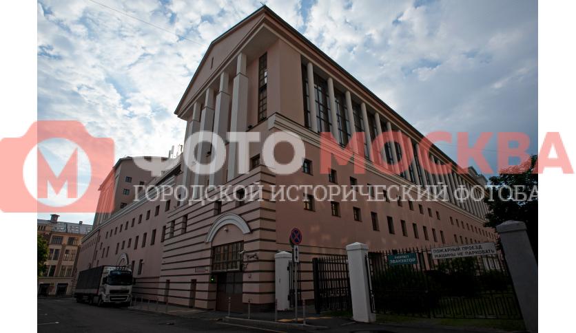 Угол театра Станиславского