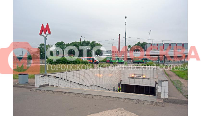 Вход № 1 метро «Шоссе Энтузиастов»