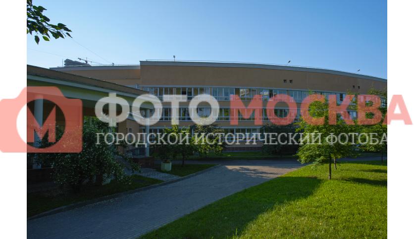 Задний двор соц-реабилитационнго центра ветеранов