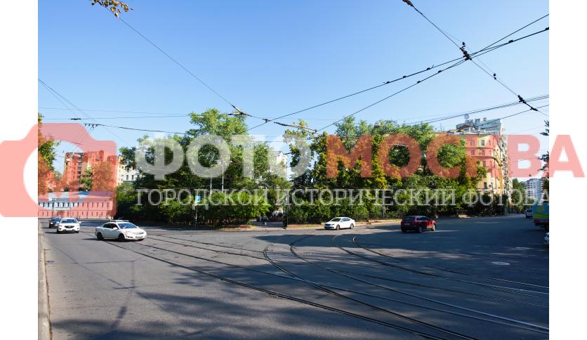 Сквер на площади Борьбы