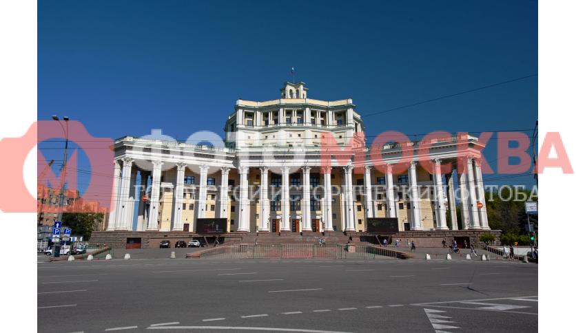Театр на Суворовской площади