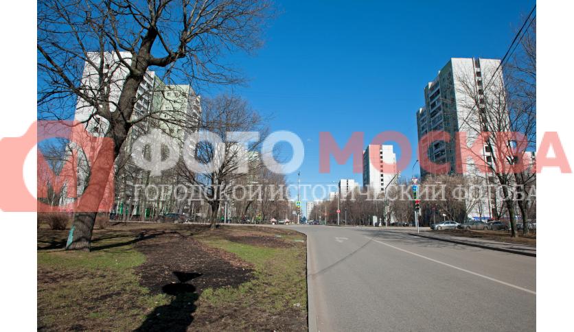 Пересечение Череповецой и Новгородской улиц