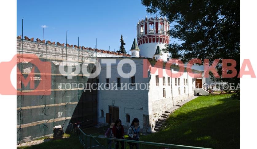 Реконструкция стен Новодевичьего монастыря