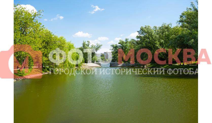 Малый Новодевичий пруд