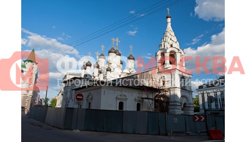 Знаменская церковь за Петровскими воротами