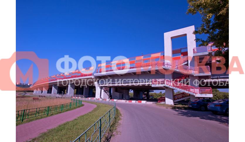 Подъем на мост через р. Москву
