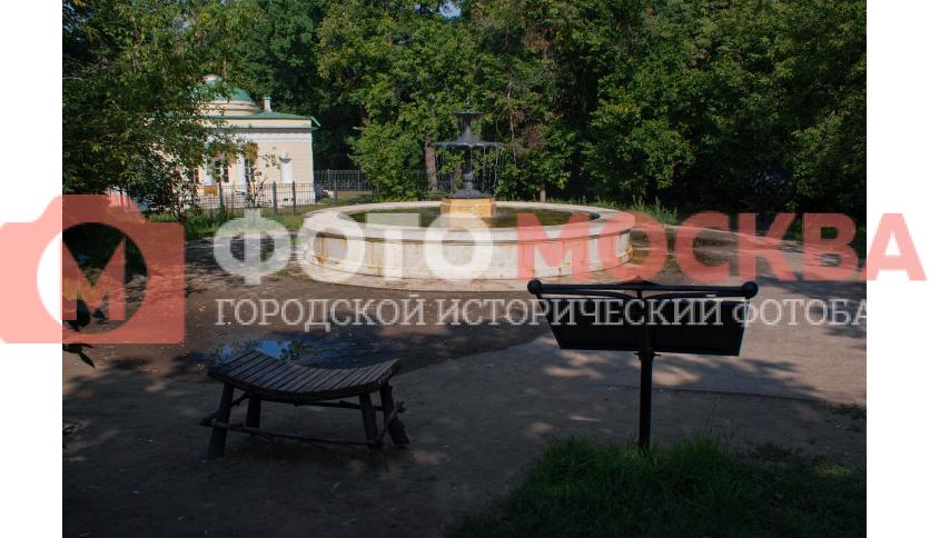 Фонтан в Кузьминках