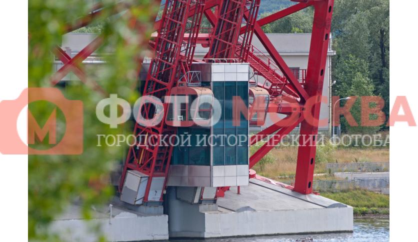 Лифты моста в Крылатском