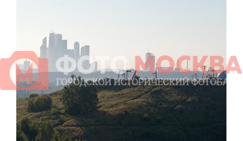 Восточный Крылатский холм