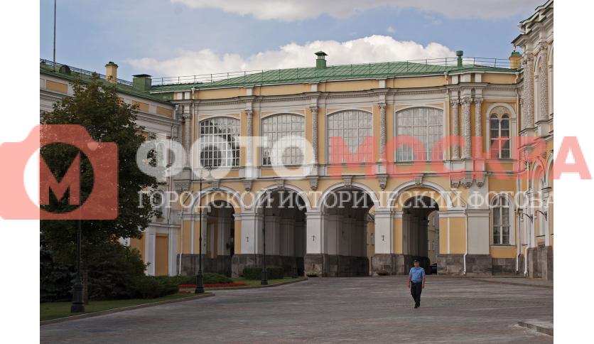 Императорская площадь Московского Кремля