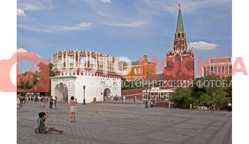 Кутафья башня и Троицкий мост - вход в кремль