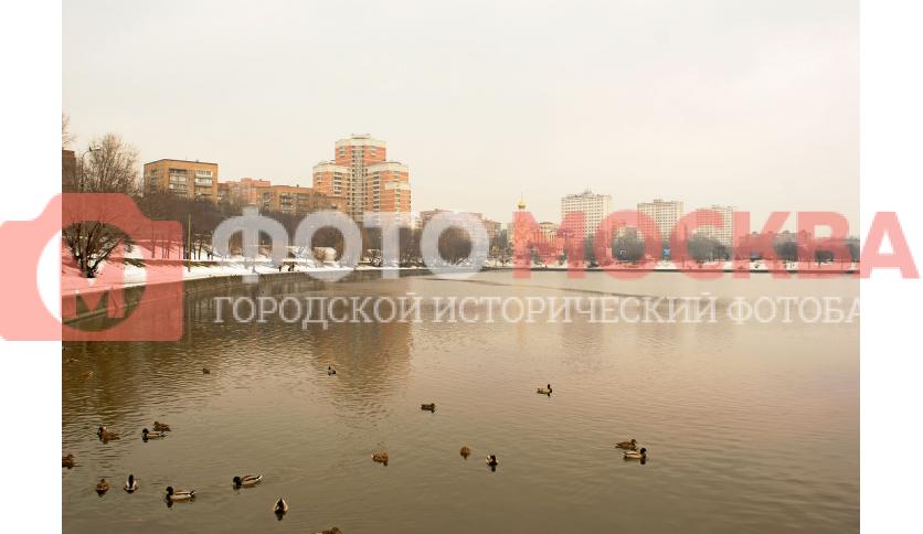 Кожуховский пруд - бывшая пойма Москвы-реки