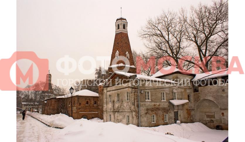 Внутренний двор Симонова монастыря и
