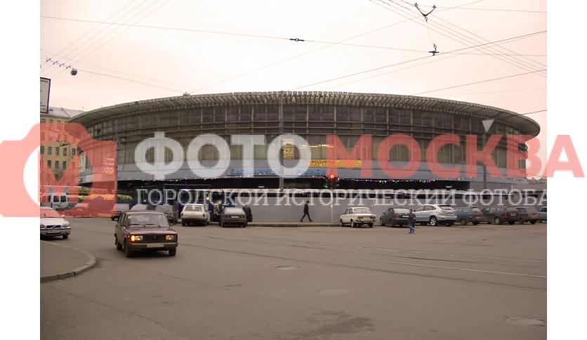 Басманный рынок на ул. Бауманской, трагически развалился