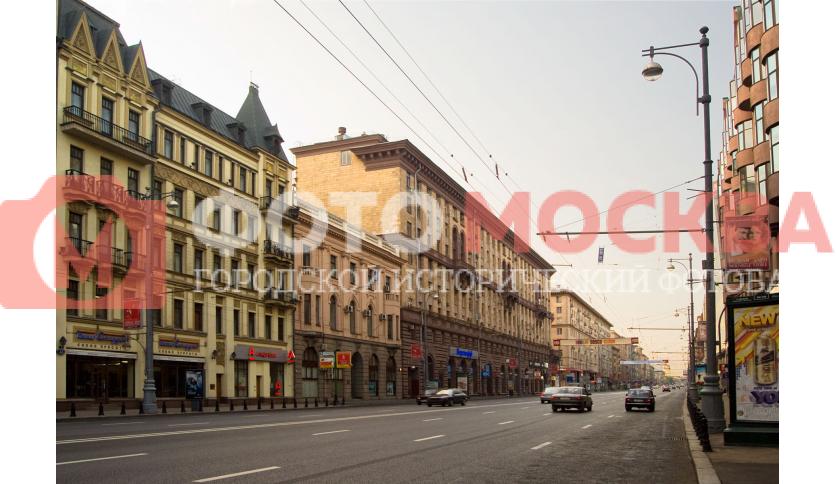 Улица 1-я Тверская-Ямская в районе пер. Александра Невского