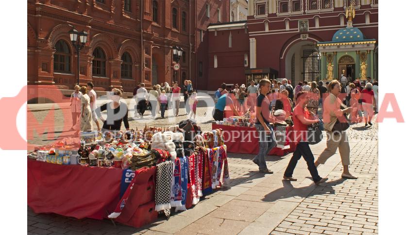 Сувенирные лавки на Манежной площади