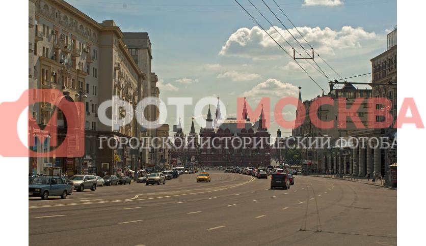 Выход улицы Тверской на Манежную площадь