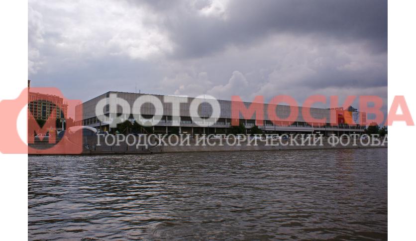 Вид на филиал Третьяковки и ЦДХ